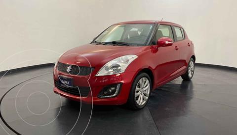 Suzuki Swift GLX usado (2017) color Rojo precio $219,999