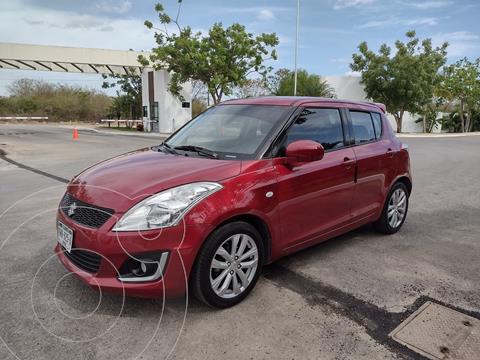 Suzuki Swift GLS usado (2015) color Rojo precio $139,000