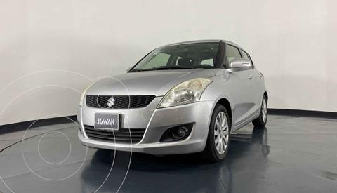 Suzuki Swift GA usado (2013) color Plata precio $134,999