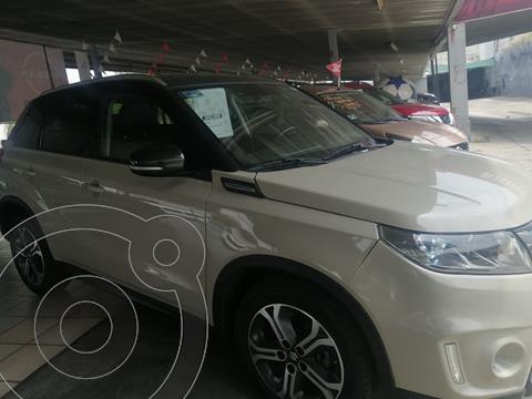 Suzuki Vitara GLX Aut usado (2018) color Crema precio $305,000