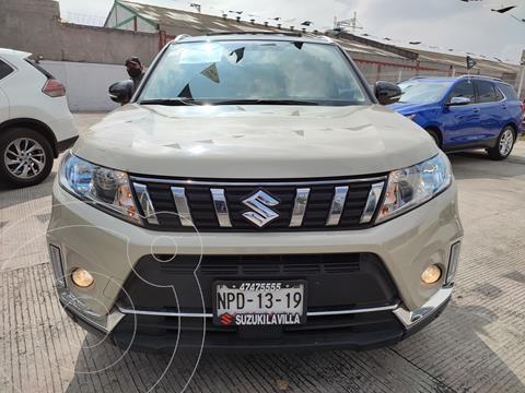 Suzuki Vitara GLX Aut usado (2020) color Crema precio $370,000