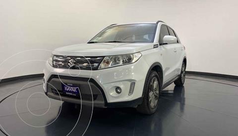 Suzuki Vitara GLS usado (2016) color Blanco precio $214,999