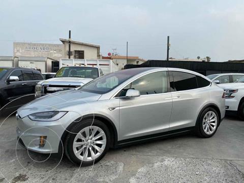 Tesla Model X 90D usado (2016) color Plata precio $1,650,000