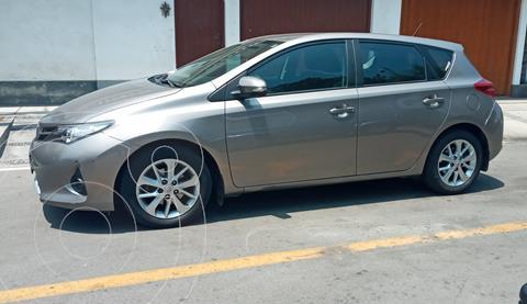 Toyota Auris 1.6L Aut usado (2015) color Bronce precio u$s14,200