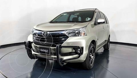 Toyota Avanza Premium usado (2017) color Dorado precio $192,999