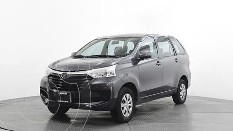 Toyota Avanza Premium usado (2016) color Gris precio $181,500