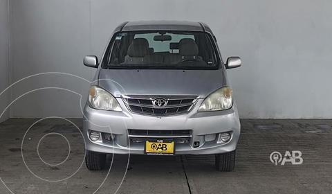 Toyota Avanza Premium usado (2011) color Plata Dorado precio $120,000