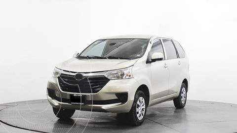 Toyota Avanza Premium usado (2017) color Dorado precio $195,800