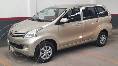 Toyota Avanza Premium usado (2012) color Beige precio $135,000