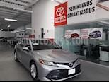 Foto venta Auto usado Toyota Camry 4p LE L4/2.5 Aut (2018) color Gris precio $348,000
