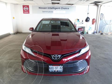 Toyota Camry XLE 2.5L usado (2019) color Rojo precio $390,000