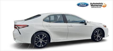 Toyota Camry SE  usado (2020) color Blanco precio $439,900