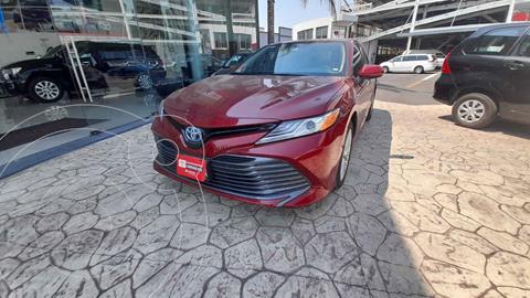 Toyota Camry XLE 2.5L usado (2019) color Rojo precio $485,000