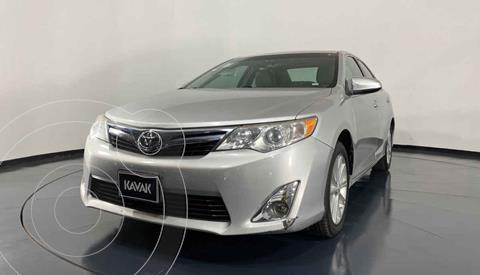 Toyota Camry XLE 3.0L V6 usado (2012) color Plata precio $172,999