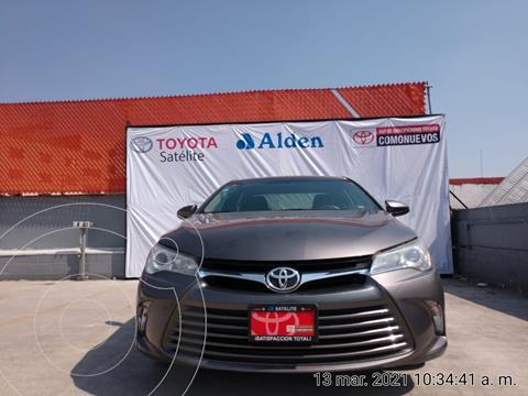 Toyota Camry LE  usado (2016) color Gris Metalico precio $229,000