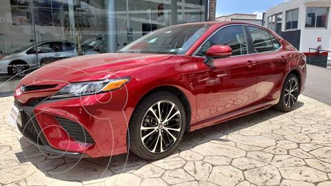 Toyota Camry SE 2.5L usado (2018) color Rojo precio $348,000