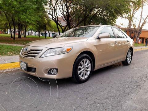 Toyota Camry XLE 2.4L usado (2011) color Dorado precio $125,000