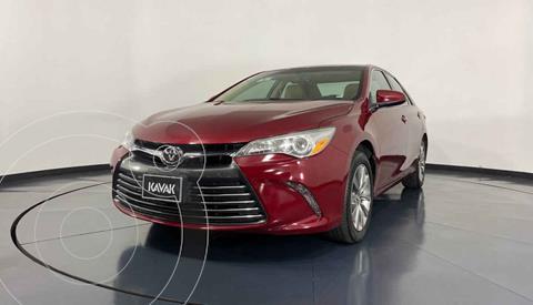 Toyota Camry XLE 2.5L Navi usado (2015) color Rojo precio $234,999