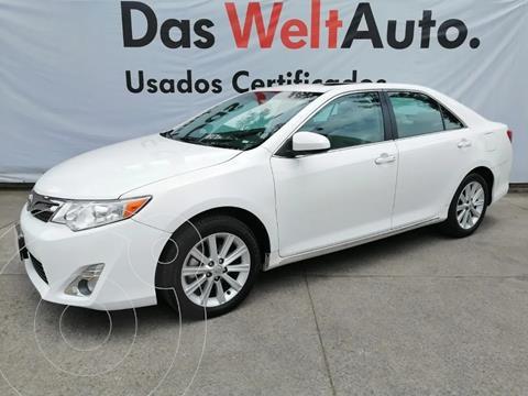 Toyota Camry XLE usado (2014) color Blanco precio $230,000