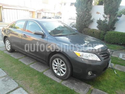 Toyota Camry XLE V6 usado (2011) color Gris precio $110,000