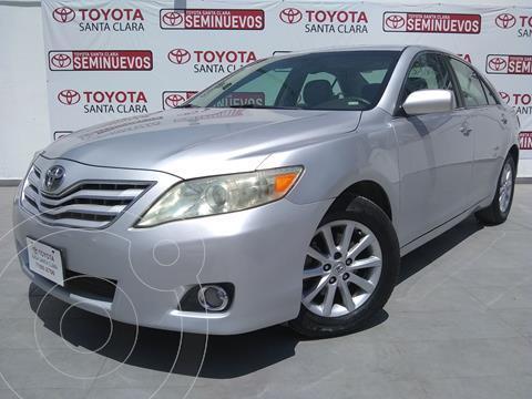 Toyota Camry XLE 3.5L V6 usado (2011) color Plata Dorado precio $145,000