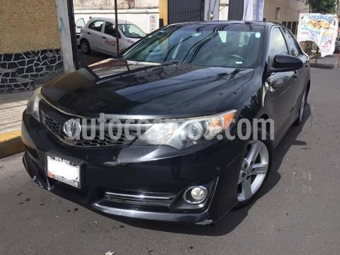 Toyota Camry SE 3.5L V6 usado (2014) color Negro precio $175,000