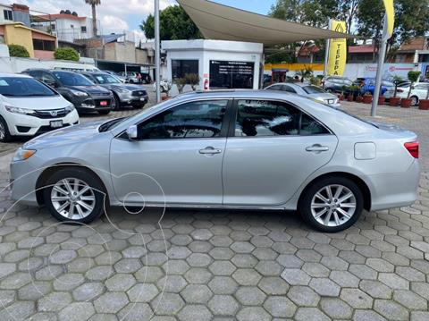 Toyota Camry XLE 2.5L usado (2014) color Plata Metalico precio $210,000