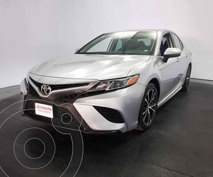 Toyota Camry SE 2.5L usado (2019) color Plata precio $410,000