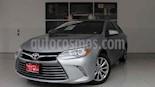 Foto venta Auto usado Toyota Camry XLE 2.4L (2017) color Plata precio $270,000