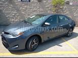 Foto venta Auto usado Toyota Corolla 4p LE L4/1.8 Aut (2017) color Gris precio $225,000