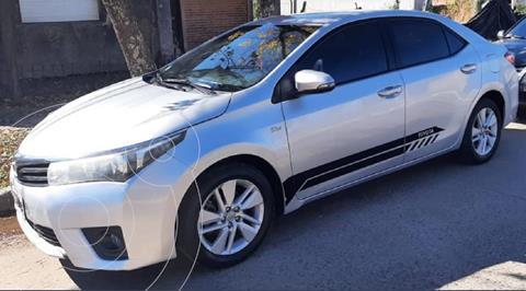 Toyota Corolla 1.8 XEi Pack usado (2014) color Plata precio $1.750.000