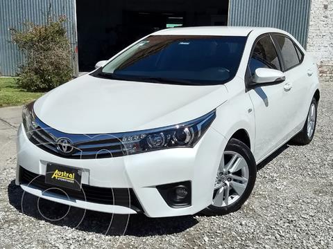 Toyota Corolla 1.8 XEi Aut usado (2015) color Blanco precio $1.080.000