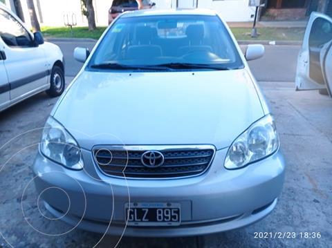 Toyota Corolla 1.8 XLi usado (2007) color Gris Plata  precio $690.000
