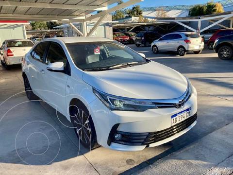 Toyota Corolla 1.6 DX usado (2017) color Blanco precio $2.860.000