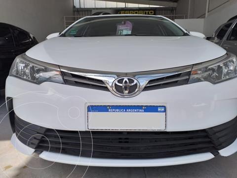 Toyota Corolla 1.8 XLi 2016-2017 usado (2017) color Blanco precio $1.750.000