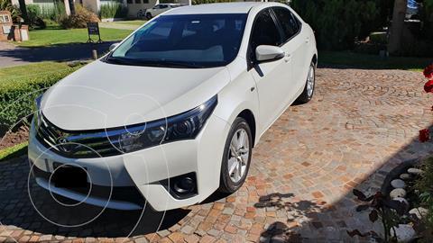 Toyota Corolla 1.8 XEi Pack usado (2015) color Blanco Perla precio $1.700.000