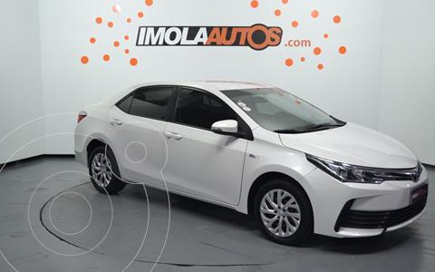 Toyota Corolla 1.8 XLi usado (2018) color Blanco precio $1.950.000