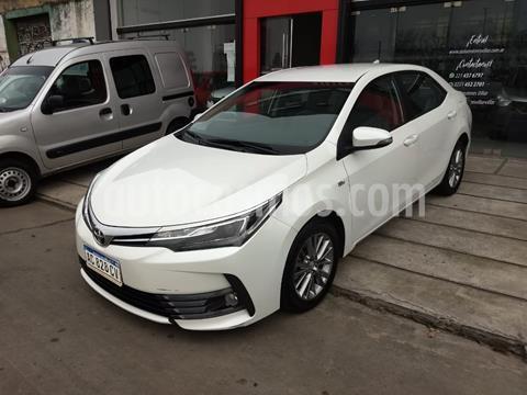 Toyota Corolla 1.8 XEi usado (2018) color Blanco precio $1.850.000