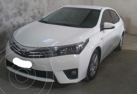 Toyota Corolla 1.8 XEi Pack usado (2014) color Blanco precio $1.680.000