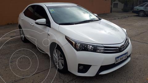 Toyota Corolla 1.8 XEi Pack usado (2017) color Blanco precio $1.750.000