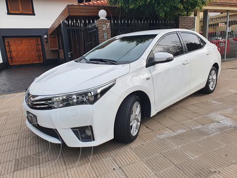 Toyota Corolla 1.8 XEi usado (2014) color Blanco precio $1.650.000