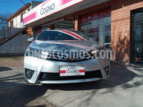 Toyota Corolla 1.8 XEi usado (2015) color Gris Claro precio $1.690.000