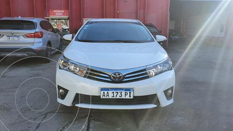 Toyota Corolla 1.8 XEi  usado (2016) color Blanco precio $1.700.000