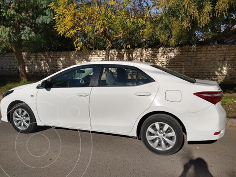 foto Toyota Corolla 1.8 XLi CVT usado (2016) color Blanco precio $1.600.000