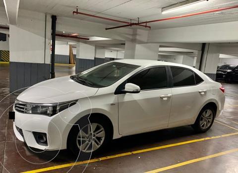 Toyota Corolla 1.8 XEi usado (2015) color Blanco precio $1.475.000