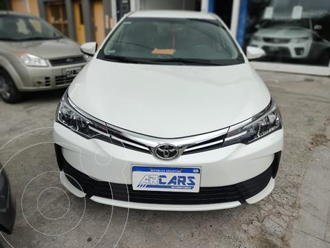 Toyota Corolla 1.8 XLi usado (2019) color Blanco precio $1.920.000