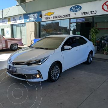Toyota Corolla 1.8 XEi usado (2017) color Blanco precio $2.020.000