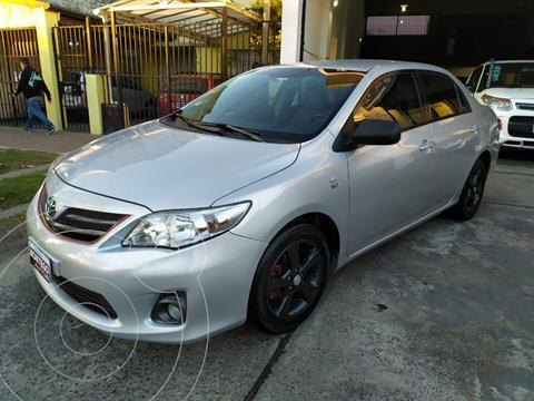 Toyota Corolla 1.8 XEi Pack usado (2013) color Gris Plata  precio $1.300.000