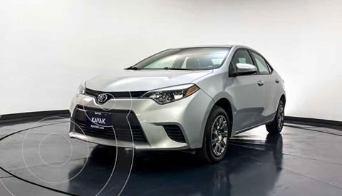 Toyota Corolla Base Aut usado (2015) color Plata precio $187,999