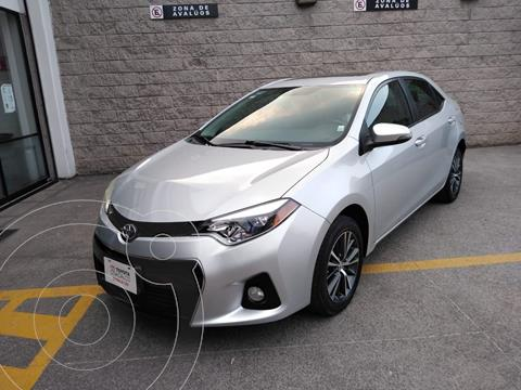 Toyota Corolla S 1.8L  usado (2016) color Plata Dorado precio $210,000